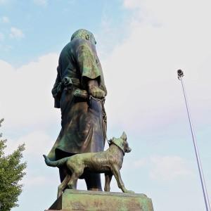 saigo_statue